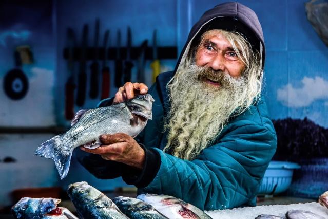 Türkiye'ye yıllık 1 milyar dolar kazandıran ve kişi başı balık tüketimini 15 kg'a çıkarmayı hedefleyen su ürünleri sektörünün 8 Ağustos'ta başlattığı fotoğraf yarışması sonuçlandı.