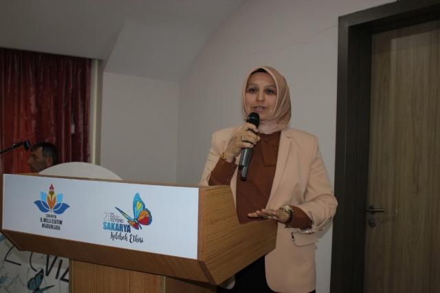 Sakarya İl Milli Eğitim Müdürlüğünce, 2023 Eğitim Vizyonu kapsamında hazırlanan 'Eğitimde Dönüşüm Süreçlerini Yönetme Projesi'nin tanıtım toplantısı düzenlendi.