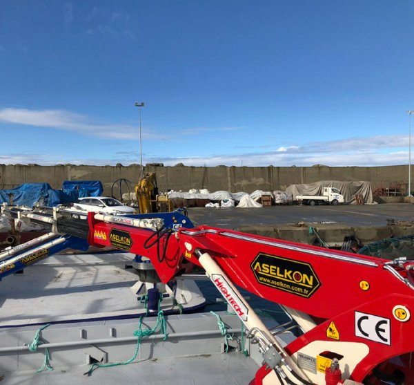ASELKON marine crane  ship crane port crane Gemi v