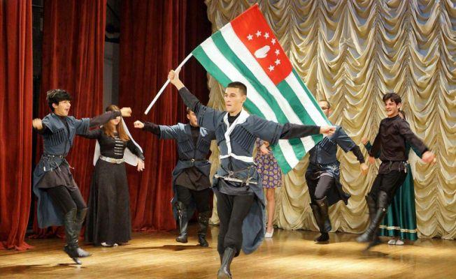 Apsınra Dans Grubu Abhazya Turnesi'nde