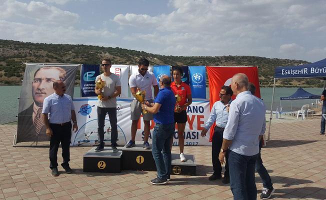 Büyükşehirli kanocular Türkiye Şampiyonu