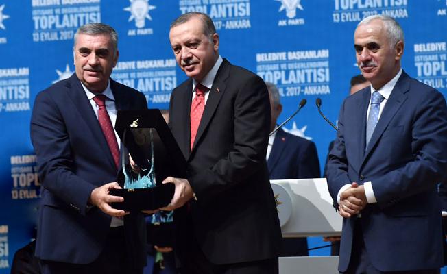 Cumhurbaşkanı Erdoğan'dan Büyükşehir'e ödül