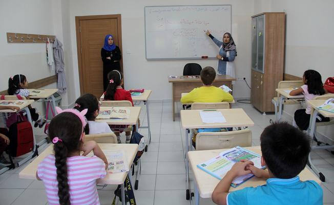 Savaşın çocukları için ders zili çaldı