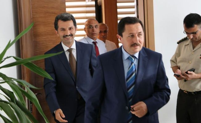 Vali Balkanlıoğlu'ndan, Başkan Acar'a İadeyi Ziyaret