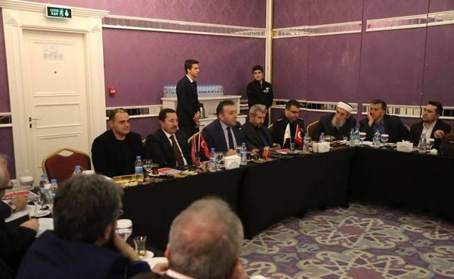 Vali Balkanlıoğlu, Sakarya Düşünce ve Dayanışma Platformu Toplantısına Katıldı