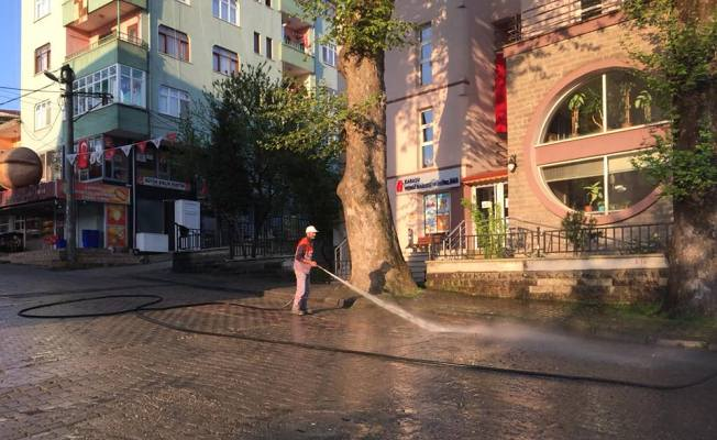 Karasu'da Temizlik İşleri Her Yerde