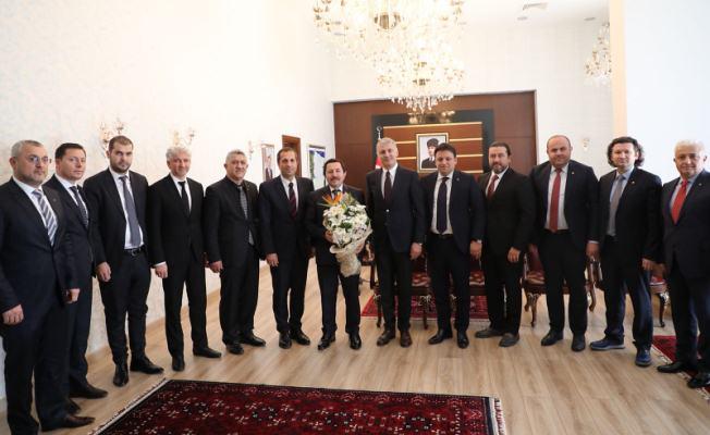Sakarya Ticaret ve Sanayi Odası Yeni Yönetiminden Vali Balkanlıoğlu'na Ziyaret