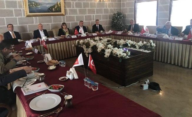 AK Parti siyasetinin karşılığı hizmettir