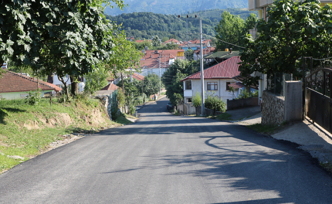 Akyazı Şerefiye'de yollar daha güzel