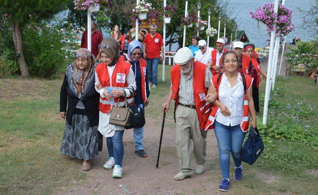 Türk Kızılay'ı Yaşlıları sevindirdi