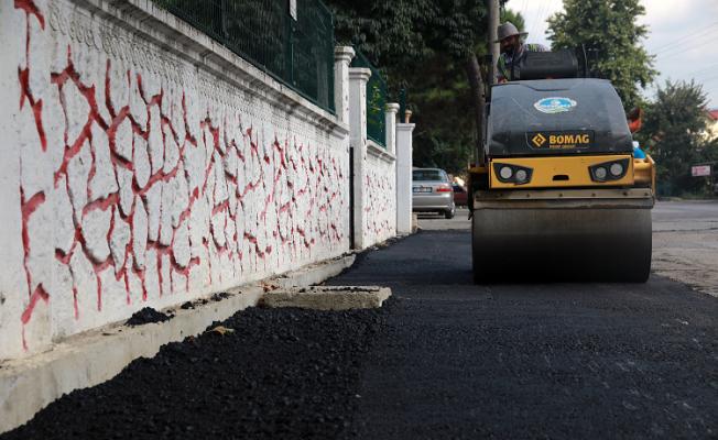 Akyazı Kuzuluk'ta sıcak asfalt başladı