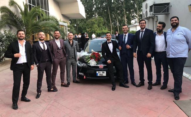 Seval ile MuratMuhteşem düğünleYuvasını kurdu