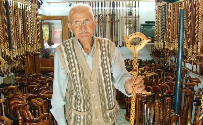 Geleceği Yaşatan 88 Yaşındaki Baston ustası hala Tezgağının Başında