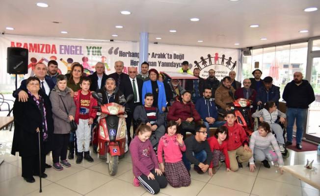 Karasu Belediyesi Engelli Vatandaşlar İle Kahvaltıda Buluştu