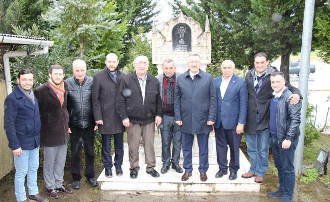 IŞIKSU: İlk ziyaretini, 15 Temmuz Camili Mahallesi'ne gerçekleştirdi