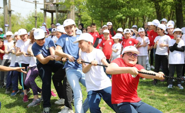 Çocuklar Macera Park'ta doyasıya eğlendi