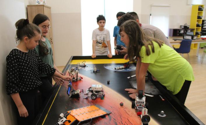 Robotik Kodlama Atölyesi öğrencileri turnuva hazırlıklarına başladı