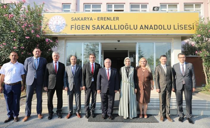 Vali Nayir Figen Sakallıoğlu Anadolu Lisesinde Temaslarda Bulundu