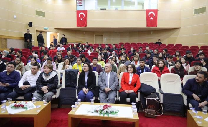 Kazakistan Öğrenci Heyetinden Vali Nayir'e Ziyaret