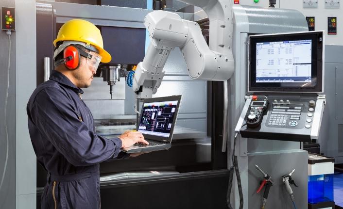 Deneyimli CNC operatör maaşı 5.500 TL'ye kadar çıkıyor