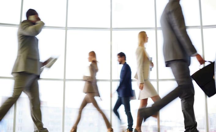 Milyonlarca çalışan 1 Haziran'da ofislere dönecek