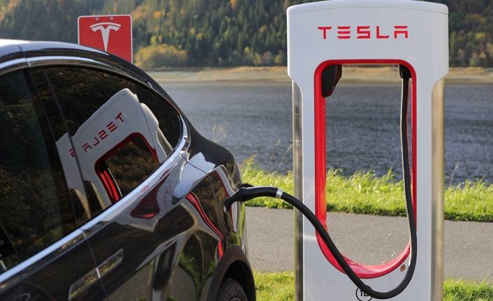 Tesla araba sahiplerinin kişisel bilgileri ebay'de satılıyor!