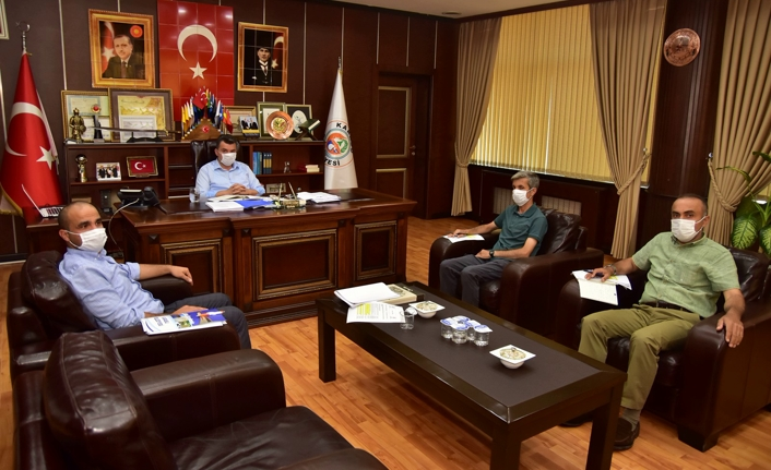 Başkan İshak Sarı, Yardımcıları ile Toplantı Yaptı