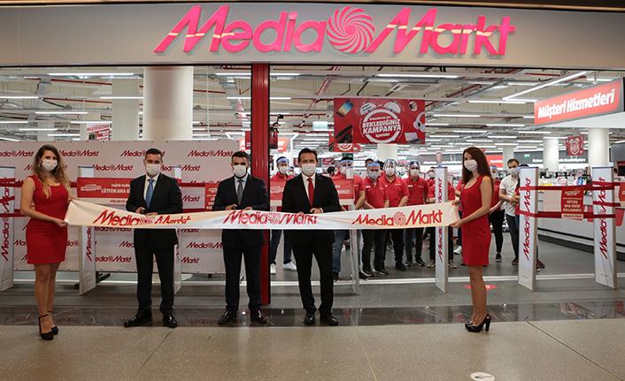 MediaMarkt'tan bir günde iki mağaza açılışı