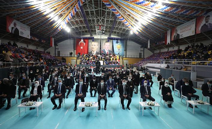 AK Parti davasının taşıyıcısı gençler olacak