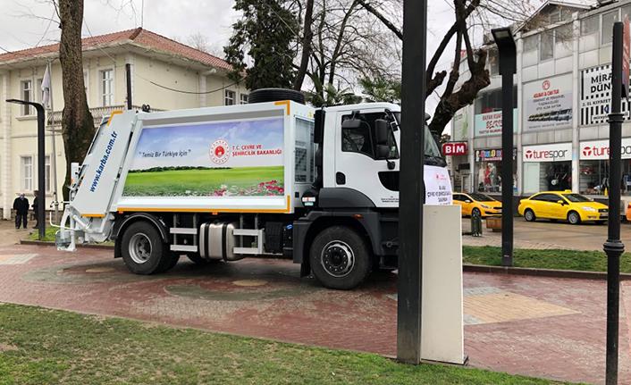 Hendek Belediyesine bir çöp kamyonu daha