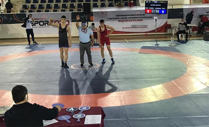 Hendek Gençlik merkezi Spor kulübü Güreş takımı Türkiye şampiyonu