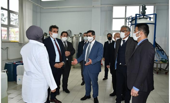 MEB Daire Başkanı, Üretim Yapan Meslek Liselerini Ziyaret Etti