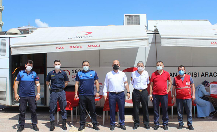 Arifiye Belediyesi Personelinden Kan Bağışı Kampanyasına Destek
