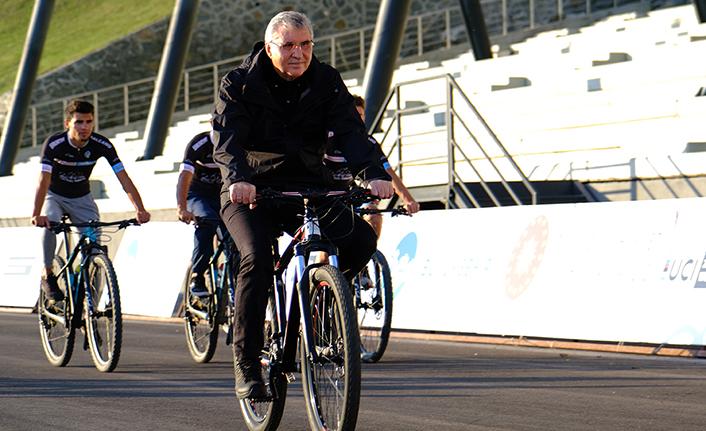 BMX Dünya Şampiyonası Ayçiçeği Bisiklet Vadisi'nde
