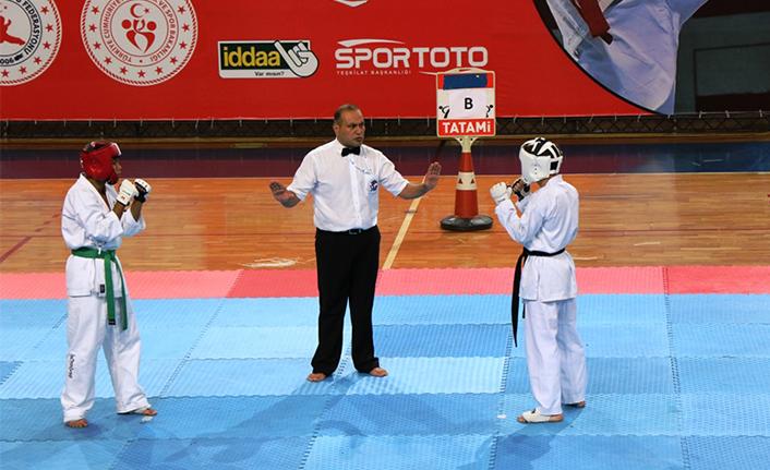 Serdivan Wushu Türkiye Şampiyonasına Ev Sahipliği Yaptı