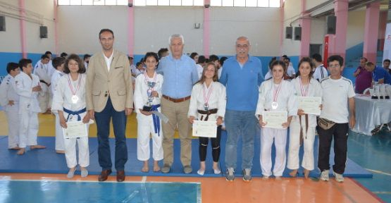 7. Uluslararası İpsiz Recep Judo Turnuvası Yapıldı