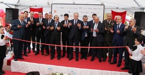 Filizfidanoğlu'nun 4. Mağazası; Bakan Faruk Özlü'nün katılımıyla açıldı
