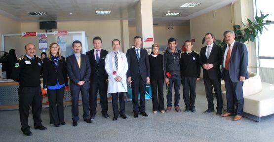 Hastaneye Bayram ziyareti