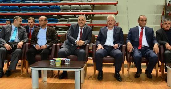 Judo Federasyonu'ndan Mehmet İspiroğlu'na plaket