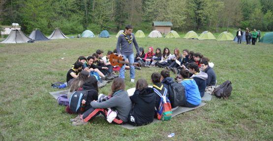 Maden Deresinde Yılın İlk İzci Kampı Gerçekleştirildi