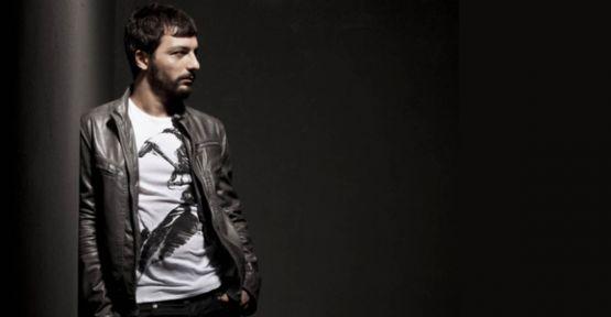 Mehmet Erdem Sakarya'da konser verdi, tekrar verecek