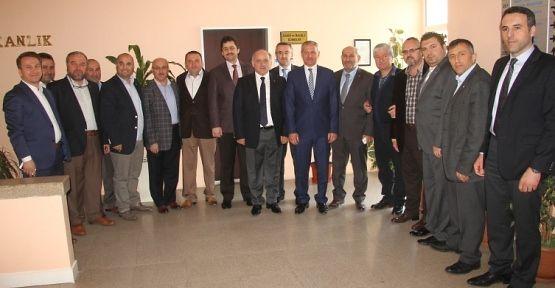 MÜSİAD'tan Başkan Dişli'ye 'hurmalı' ziyaret