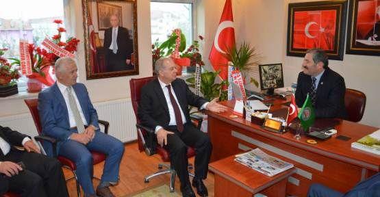Mustafa İsen Karasu Ziraat Odası Başkanı'nı Ziyaret Etti