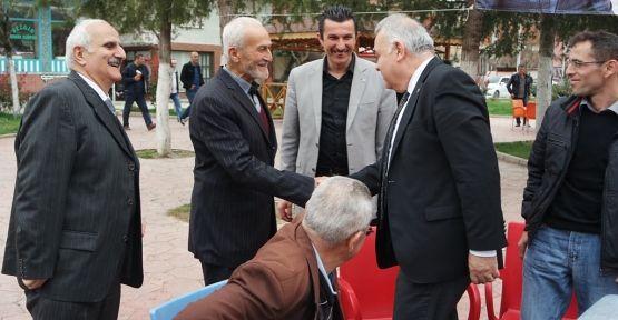 Orhan Ünver; Karapürçek'te Ziyaretlerde bulundu