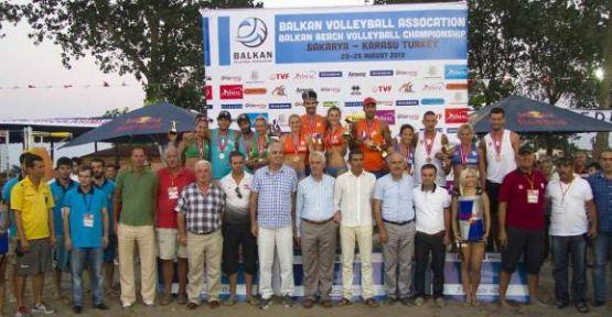 Plaj Voleybol Balkan Şampiyonası Final Etabı Karasu'da  Sona Erdi