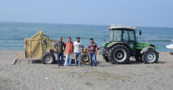 Sahile temizlik aracı