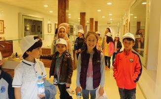 Maceracılar Ebru sanatını öğrendi