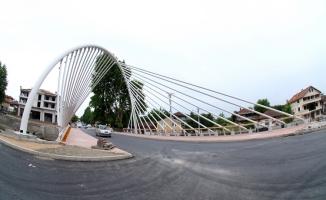 Büyükşehir'den Hendek'e modern köprü