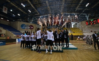 Şampiyon Sakarya Büyükşehir Belediyesi