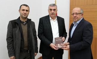 Cemil Meriç'ten Toçoğlu'na teşekkür ziyareti